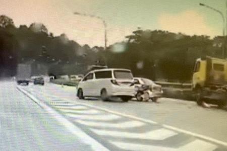 8 taken to hospital in PIE crashes