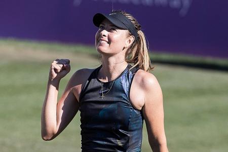 Maria Sharapova makes winning return, faces Angelique Kerber next