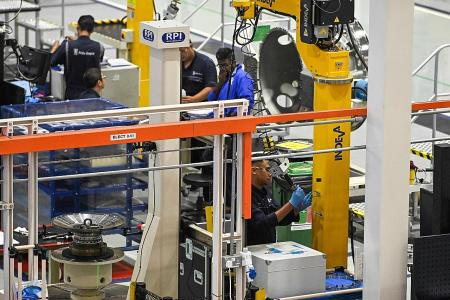 Singapore factory growth still slowing