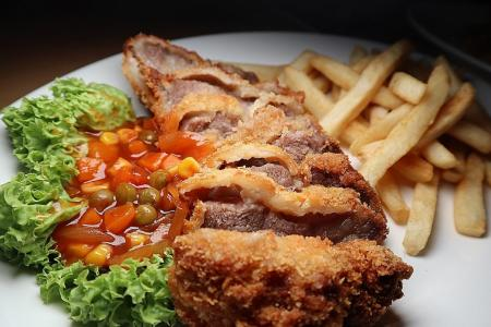 Makansutra: Handlebar still revving on