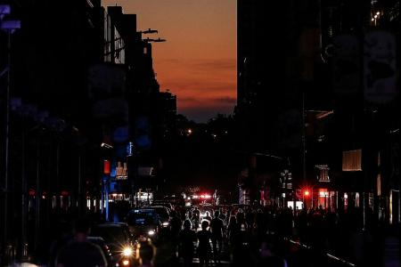 Broadway casts perform in the street during Manhattan blackout