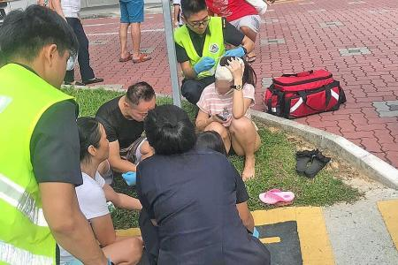 Woman, 7-year-old girl in hospital after e-scooter, taxi collide