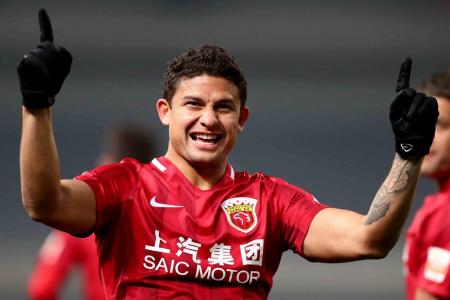 Brazil-born Elkeson set for China's World Cup campaign