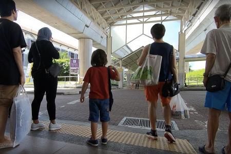 Joscelin Yeo lets 4-year-old son run errands on his own for TV show