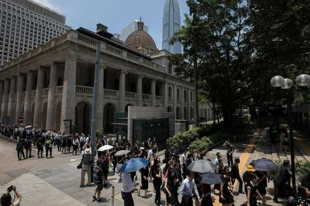 Hundreds of HK lawyers march to support anti-govt protesters