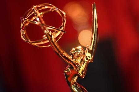 No host for Emmy award ceremony