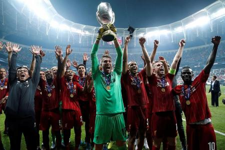 Goalkeeper Adrian goes from free agent to Super Cup winner in 10 days