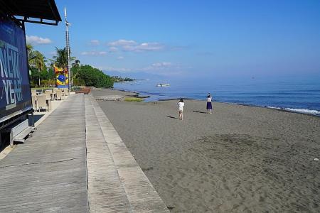 Explore Surabaya, North Bali in style on Genting Dream