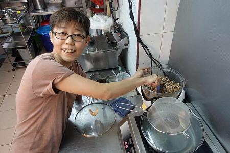 Makansutra: Perfect pork patties at Chong's Hakka Yong Tau Foo
