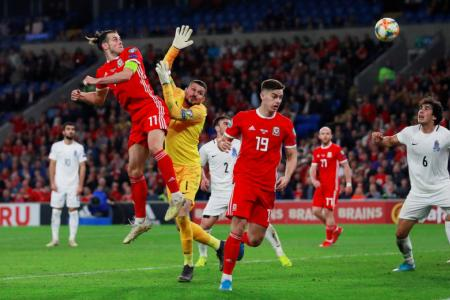 Bale rescues Wales with late goal