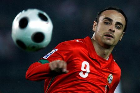 Dimitar Berbatov, Jerzy Dudek sign up for Battle of the Reds in S'pore