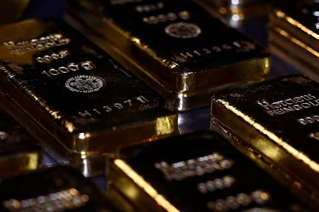 Gold rises as investors await Fed rate decision