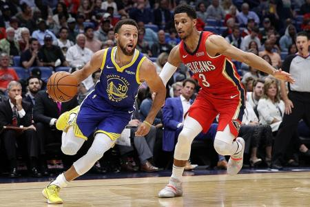 Warriors sizzle again, thanks to Draymond Green, Stephen Curry