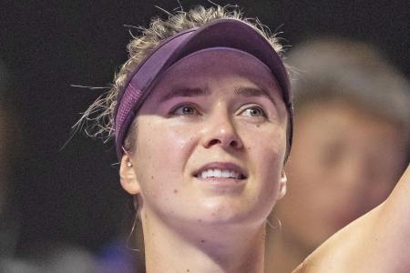 Elina Svitolina sinks Simona Halep to reach semis of WTA Finals