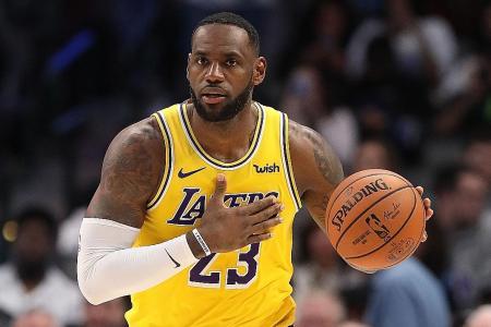 LeBron James sparks LA Lakers' comeback win over Chicago Bulls