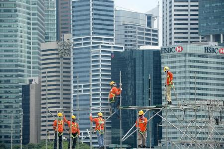 Fewer workers die as result of falling from height