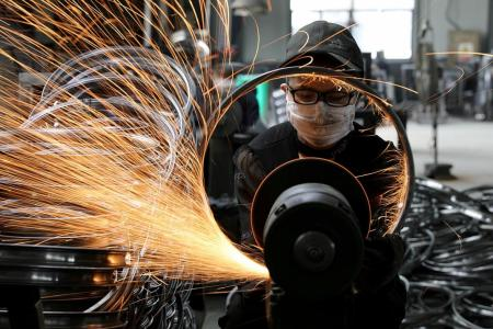 China's factory activity rebounds for first time in 7 months
