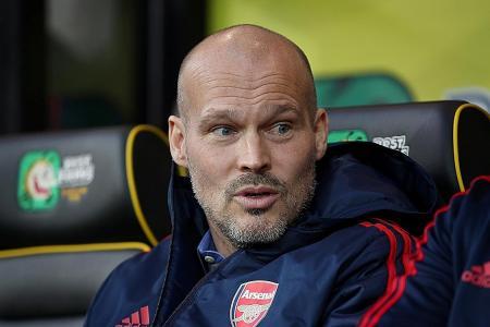 Freddie Ljungberg keen to seek Arsene Wenger's advice