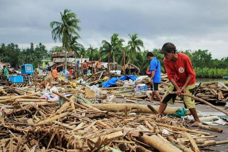Death toll rises to 10 in wake of Philippine typhoon
