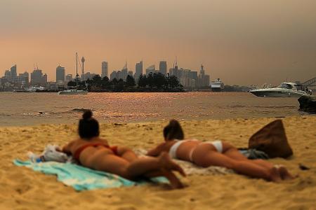 Sydney haze 11 times worse than 'hazardous' levels