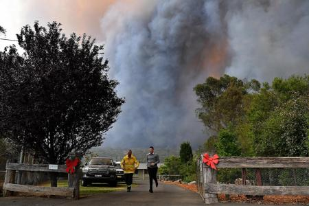 Aussie bush fires: New South Wales declares 7-day state of emergency
