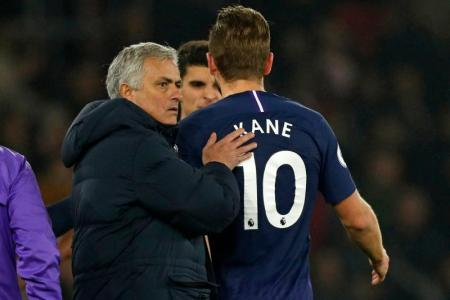 Kane out for a month due to torn hamstring