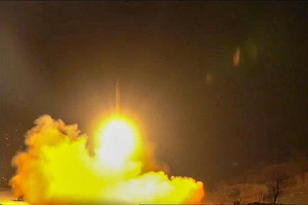Iranian missiles hit bases housing US troops in Iraq