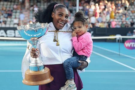 Serena Williams ends title drought, donates winnings to fire victims