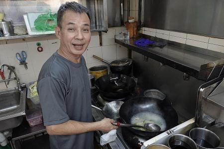 Makansutra: Chye poh hor fun doesn't get any better than at Poh