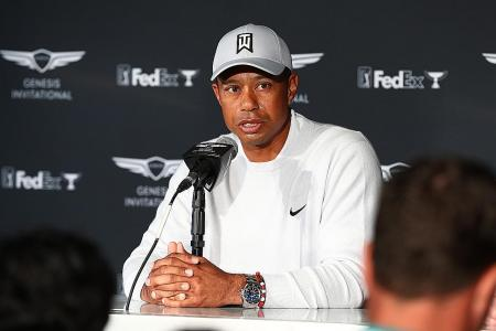 Tiger Woods mulling approach from proposed Premier Golf League