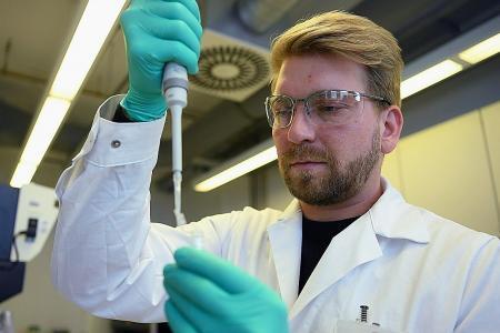 US, Germany battle for virus vaccine surpremacy