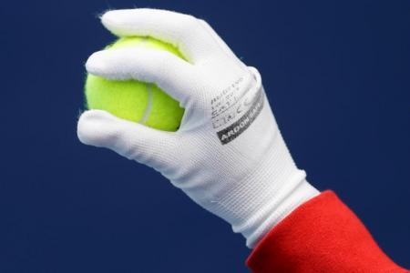 Ball boy saves the day for fan-craving Kvitova