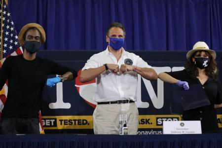 Chris Rock, Rosie Perez urge mask wearing