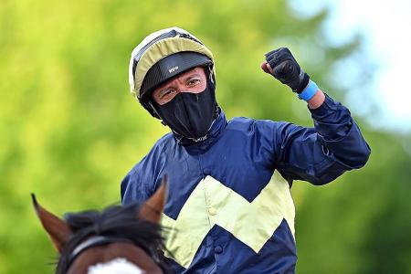 Xmas comes early for Dettori