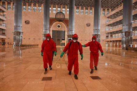 Jakarta gently eases coronavirus lockdown restrictions