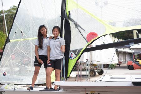 Sailors Kimberly Lim, Cecilia Low improvise to overcome limitations