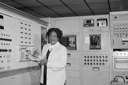 Nasa renames Washington HQ after its first black female engineer