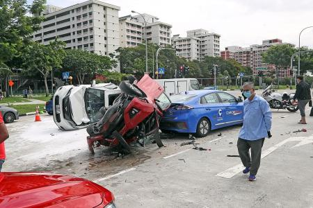 Seven vehicles involved in Pasir Ris accident