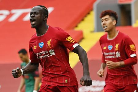 Liverpool maintain perfect home record with 2-0 win over Villa