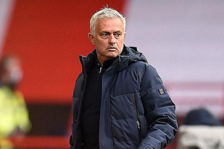 Tottenham Hotspur boss Jose Mourinho bites back at Arsenal over tweet