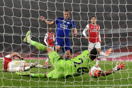 Give Leicester City more respect: Neil Humphreys