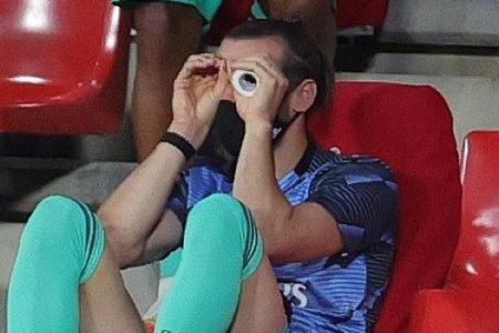 Bored Gareth Bale entertains – in the stands