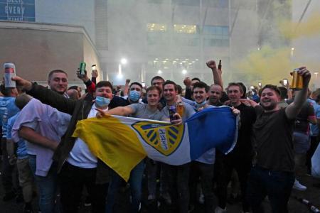 James Milner, Paul Robinson pay tribute as Leeds return to EPL