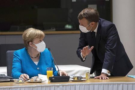 Merkel warns of summit failure on EU recovery fund