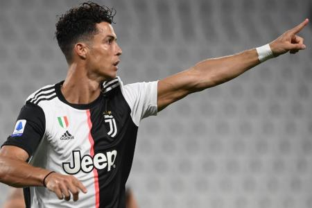 History-maker Ronaldo helps Juve close in on ninth straight league title