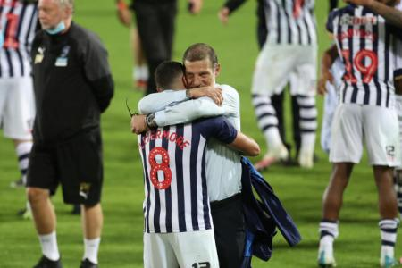 Slaven Bilic ecstatic as West Brom earn promotion to EPL