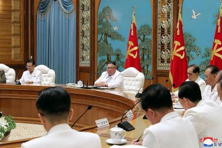 N. Korea declares emergency in border town over first virus case