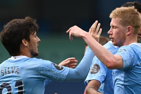 Man City's Kevin de Bruyne wants fairy-tale send-off for David Silva
