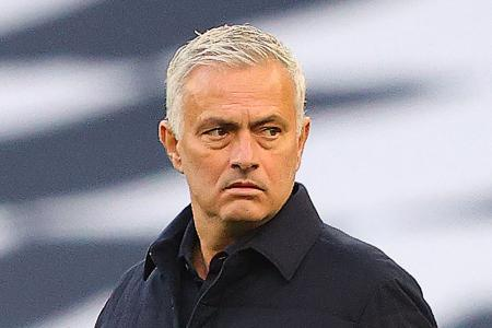 Tottenham manager Jose Mourinho takes aim at United's penalty record