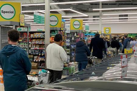 Auckland in lockdown as new cases end NZ's coronavirus-free status